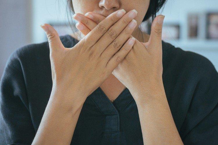 [口臭] 口臭,是因為火氣大嗎?日常6原因都會造成你口氣差