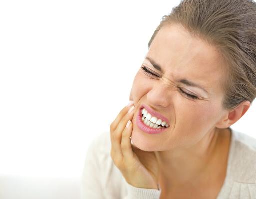 [新聞] 牙拔光仍「牙痛」 結果竟然是心肌梗塞